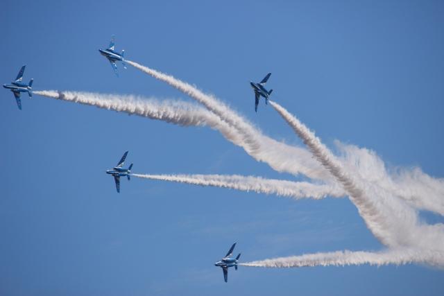 ブルーインパルス2020スケジュール!東京や都内の練習飛行ルートまとめ!